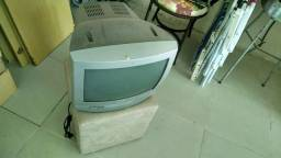 TV 14 colorida + DVD
