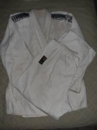 Kimono jiu-jitsu ou judô