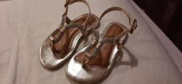 Sandália Bibi Nova Dourada com strass
