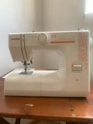 Máquina de costura caseira seminova janome 1006