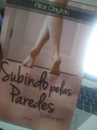 SUBINDO PELAS PAREDES