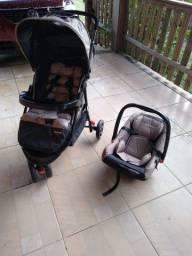 Carrinho de Bebe Voyage Completo