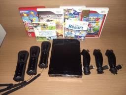 Nintendo Wii Seminovo + 3 Wii Remotes + Nunchucks + 6 Jogos
