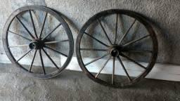 Vendo 2 rodas de carroça original