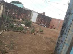 Vendo terreno na zona sul bairro Cohab
