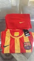 Camisa e short Barcelona Nike Tam. P