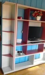 Vende-se ou troca em móveis de casa essa linda estante - WhatsApp 9 9225-3519