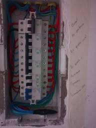 Técnico eletricista com formação, 24horas em Porto Alegre