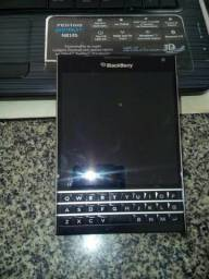 Vendo ou troco celular blackberry 10 passport
