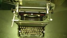 Antiga Máquina De Escrever Mercedes Funcionando (década 40)