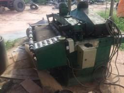Máquina lixadeira de madeira