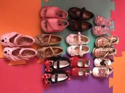 Combo de sapatos menina 19 e 20