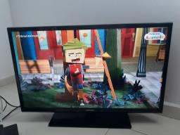 """Smart tv samsung 32"""" (com chromecast) entrego aceito cartão"""