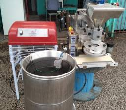 Misturador De Massas + Fritadeira + Máquina De Coxinhas