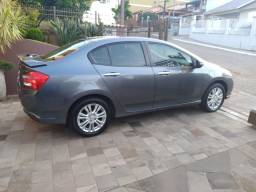 Vendo Honda City + topp