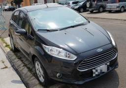 Fiesta hatch, apenas 29.000km - 2015