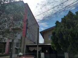 Rm. apartamento 2 quartos, em ótima localização em Curitiba