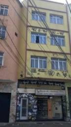 Tijuca Conjugado com quarto com pia e banheiro R$ 550,00