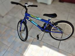 Bicicleta vingadores seminova