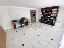 Casa à venda com 3 dormitórios em Jardim santa marina, Jacarei cod:V21758AQ