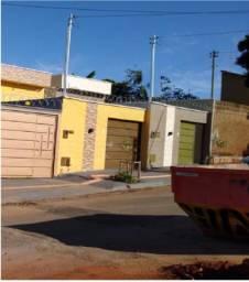 Casa com 3 quartos - Bairro Residencial Recanto do Bosque em Goiânia