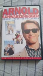 Título do anúncio: Vendo DVD franquia Arnold schwarzenneger júnior um tira jardim infância irmãos gêmeos