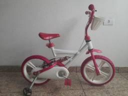 """Bicicleta de menina infantil e bem conservada """""""