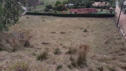 Terreno em loteamento com portaria a venda em Pinhalzinho-SP. cod 2293