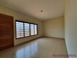 Casa em Cravinhos - Casa com 03 Dormitórios + Edícula no Jardim Bela Vista