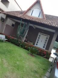 Vendo linda casa duplex em Colatina