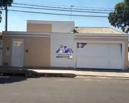 Casa a venda em Araçatuba com 3 dorms e 2 vagas