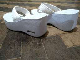 Tamanco Plataforma Barth  Shoes Hibiscos Branco