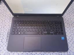 Vendo ou troco - Notebook Samsung Essentials E20