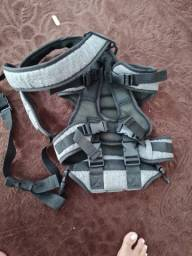 Tenho essa sandália    Tudo novas ainda  lindas   o bebê conforto ganguru   Tlf *