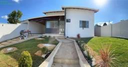 Casa em Igarapé, 03 quartos, laje e telhado colonial