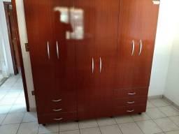 Guarda- roupas 6 portas e 6 gavetas