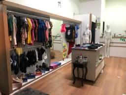 Vende loja de roupa moda feminina