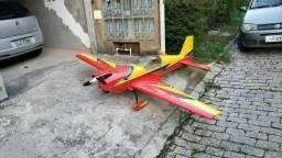 Aeromodelo  extra