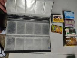 Coleção de cartões telefônicos com mais ou menos uns 530 cartões e mais o fichário