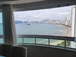 Apt 03 suites, alto padrão, barra norte, vista mar integral.