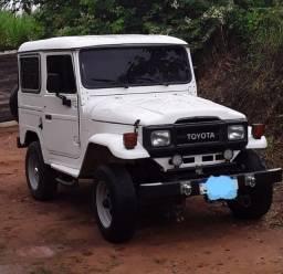 Vendo Jipe Toyota Bandeirante 92
