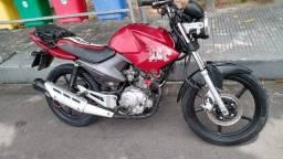 Moto Yamaha Factor