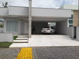 Vendo excelente casa no Condomínio Bosque de Itapeba em Maricá RJ
