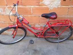 Bicicleta Caloi vermelha