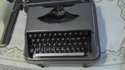 Rara Máquina de Escrever Halberg Funcionando