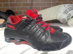 Nike quatro mola zero número 41