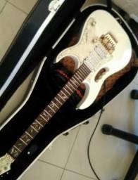 Guitarra replica da jem7. 650,00
