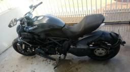Moto Para Retirada de Peças/Sucata Ducati Diavel Ano 2012