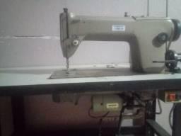 Máquina de Costura Industrial Reta - Singer