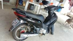 Vendo moto honda bis 125 ks - 2011